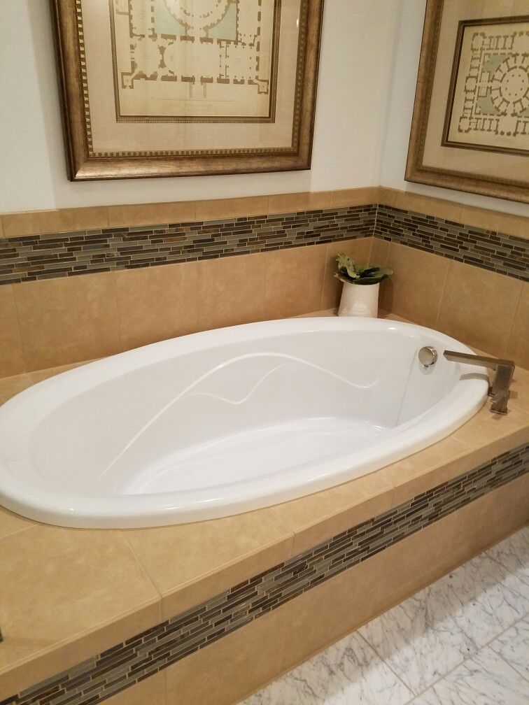Our Master Bath tub will have one row of Listello around the tub ...