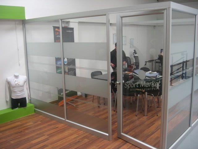 Divisiones de oficina buscar con google mamparas de vidrio pinterest divisiones de for Divisiones de oficina