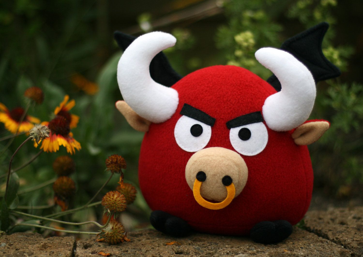 Bull sewing pattern - Ronky the flying red bull - PDF