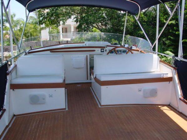 1985 grand banks motor yacht for sale toys pinterest. Black Bedroom Furniture Sets. Home Design Ideas