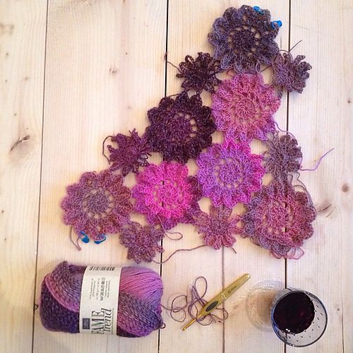 Ravelry: Project Gallery for Crochet Japanese Flower pattern by ...