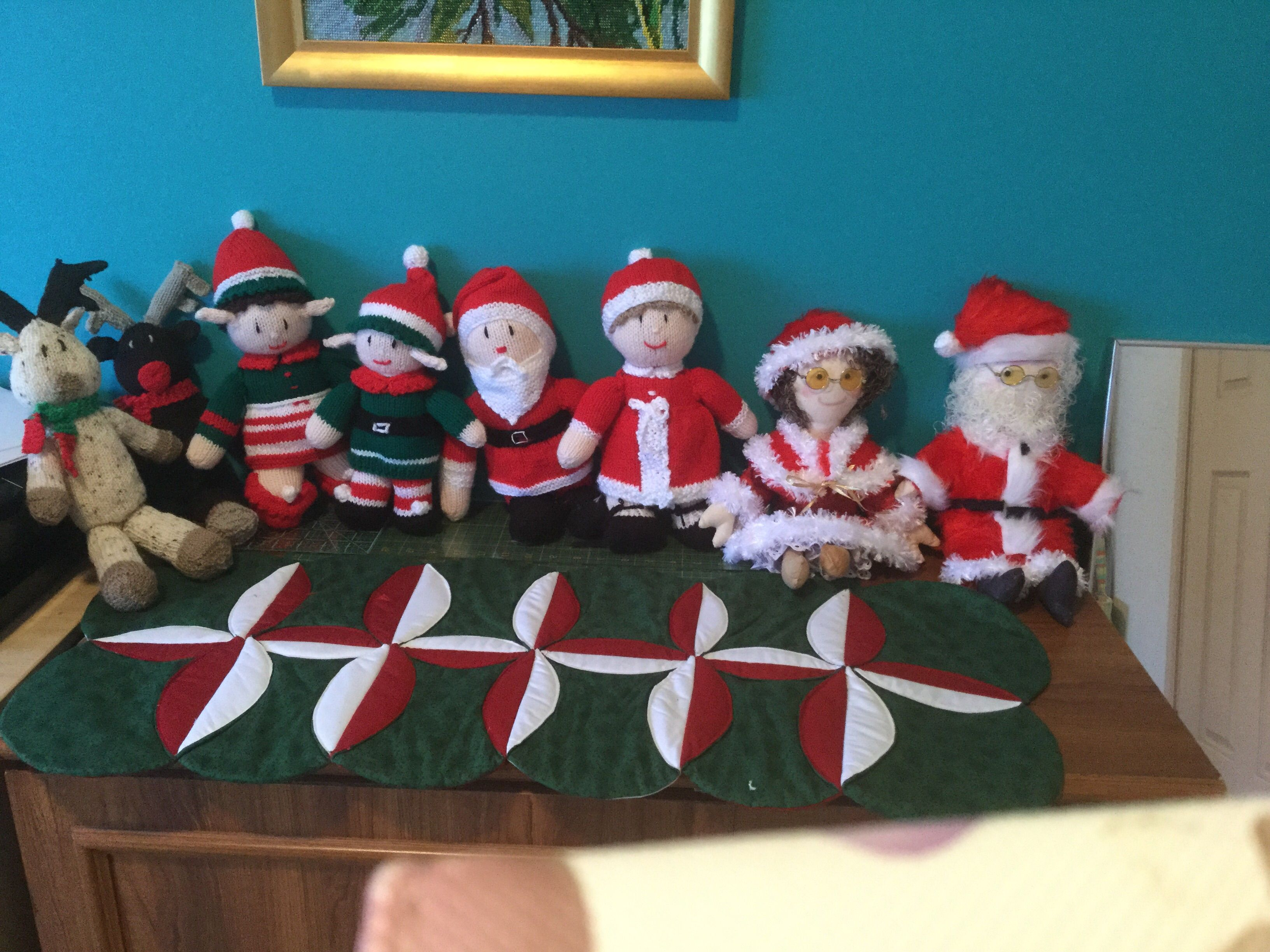 Hand knitted Santa dolls ,ready for Xmas