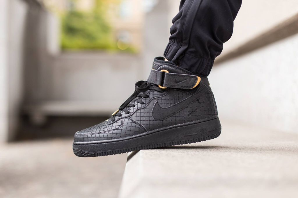 Nike Air Force 1 mediana 07 LV8