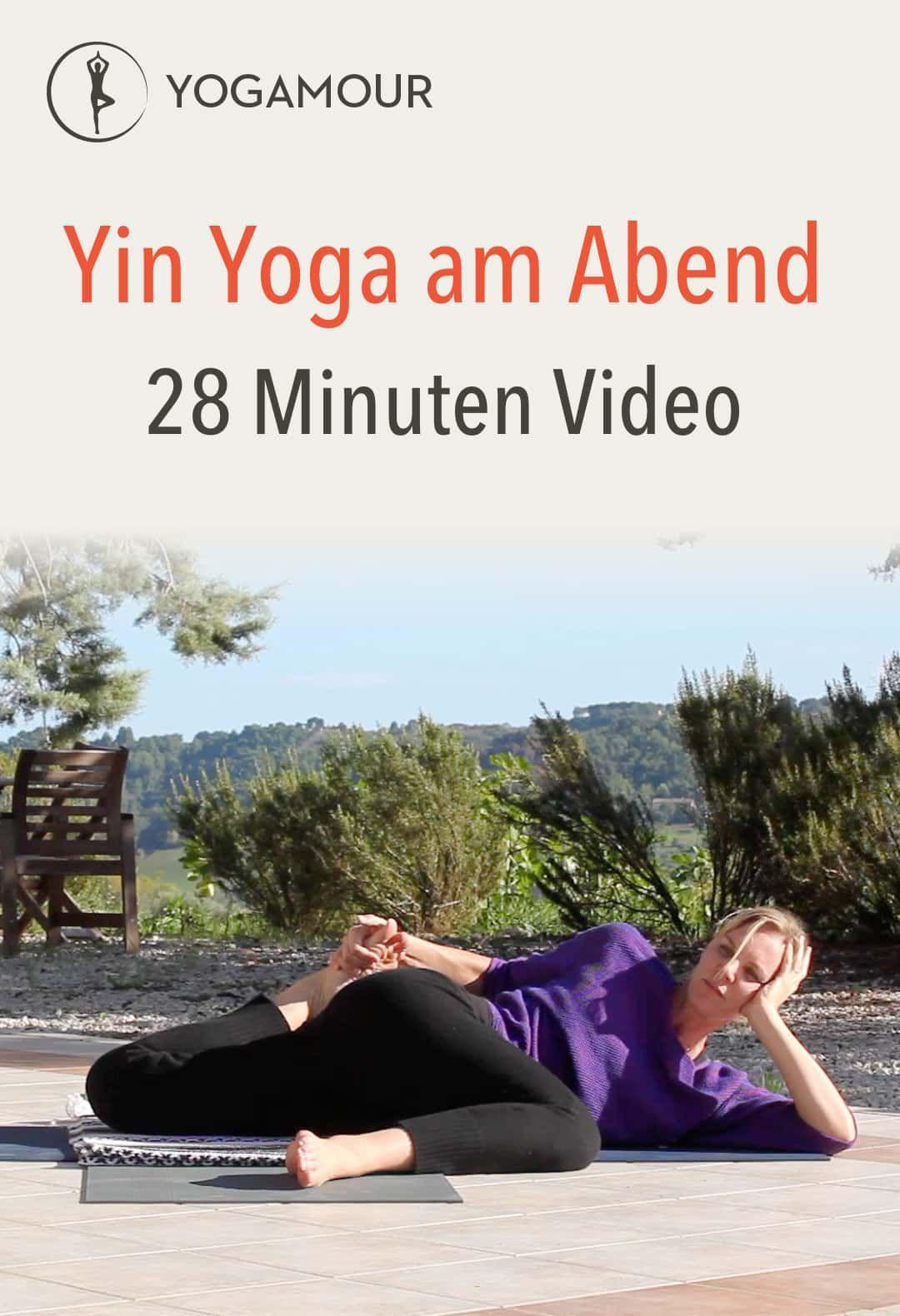Yin Yoga am Abend - Yoga fitness - #Abend #fitness #Yin #Yoga #Yogafitness
