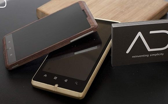 more wood phones, please make an iPhone or WP so I'll use it.