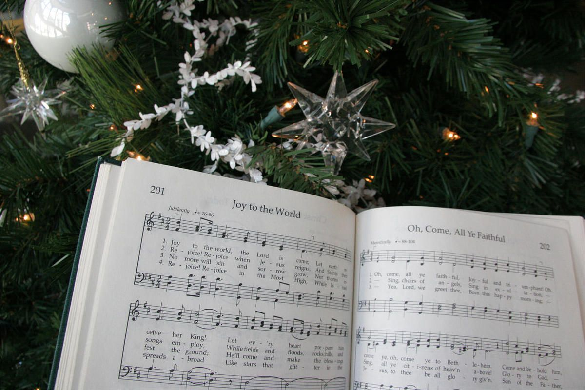 History of christmas carols in the lds hymnbook deseret