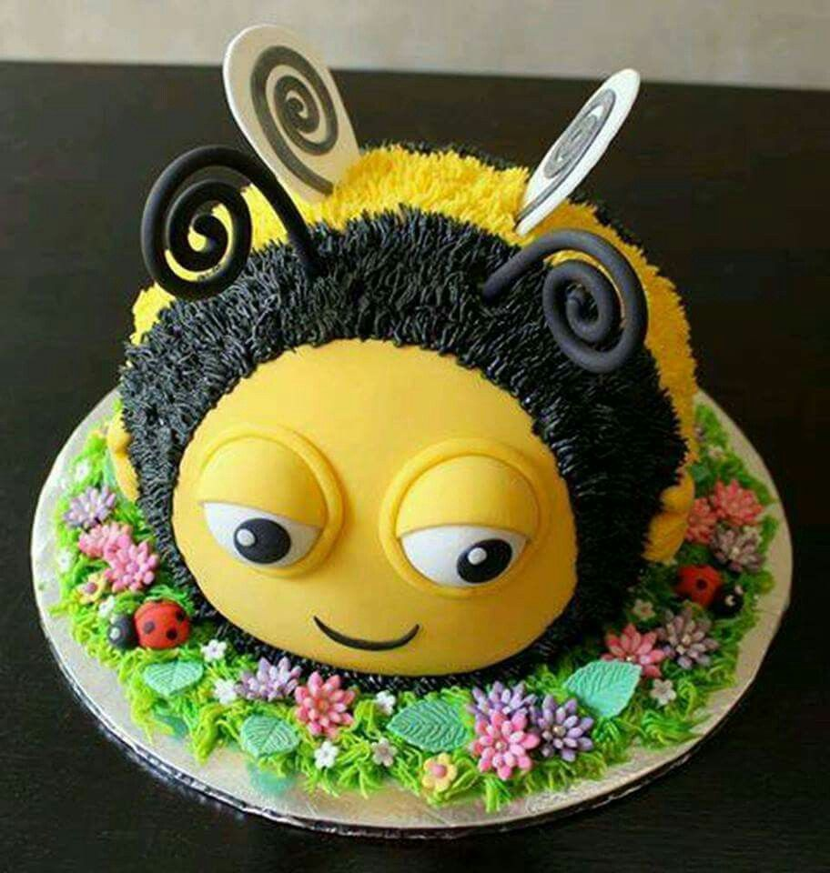 Bumble Bee With Images Bee Cakes Birthday Cake Tutorial