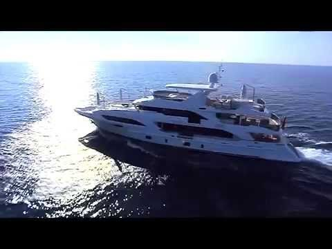 Benetti Classic Supreme 132 - #SUNSHADE #MULTIVALVOLA WWW.YACHTINGLINE.IT