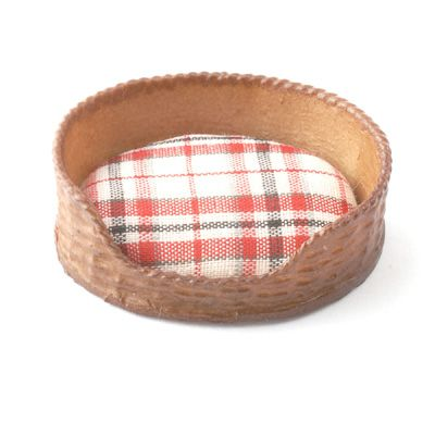 Pets Cat Bed Red Checked Dolls House Miniature Dog