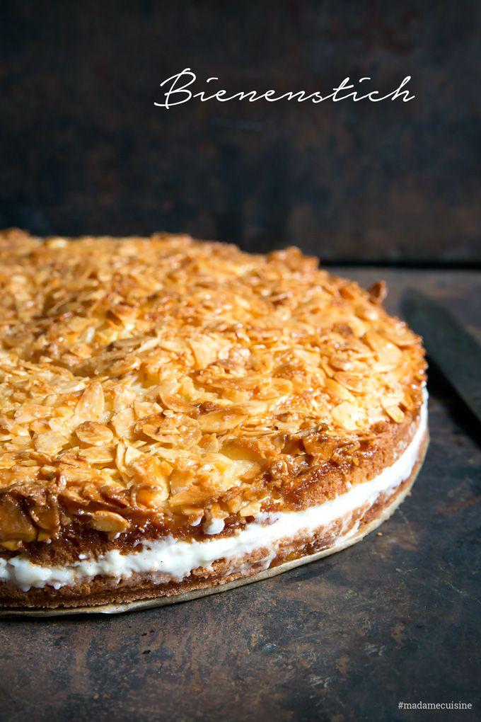 Bienenstich mit Puddingcreme: Knusprig süß - Madame Cuisine