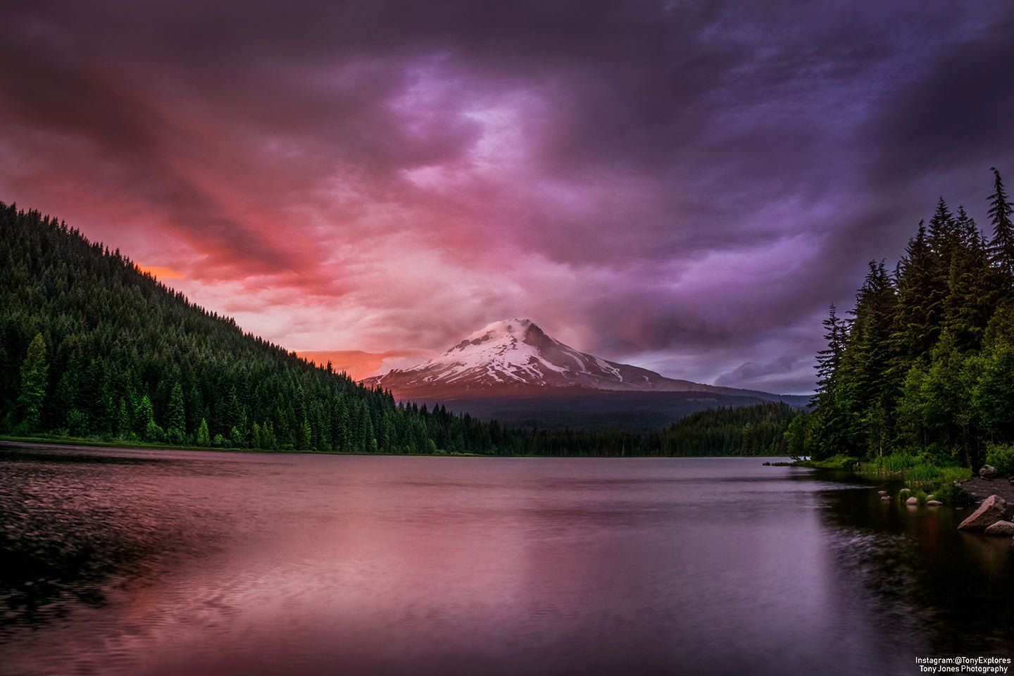 R Earthporn I Waited All Evening Through Overcast Sky And Even Drove Away Just To Turn Around After S Trillium Lake Landscape Pictures Landscape Photography
