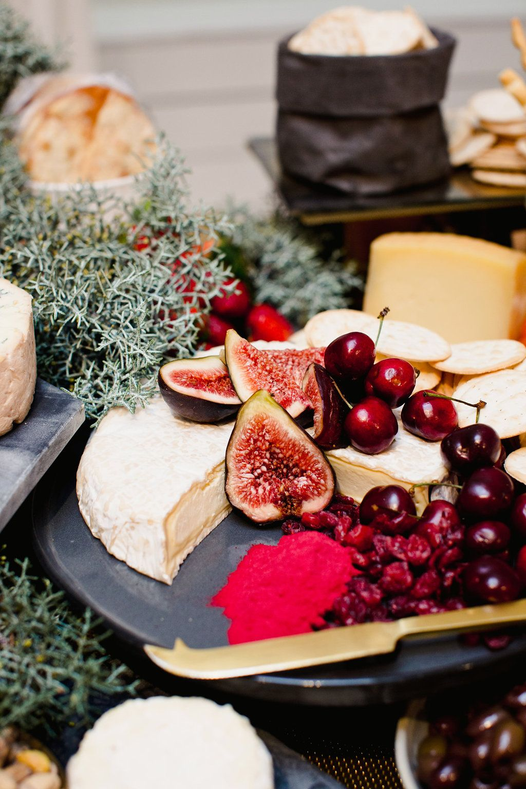 Stunning Grazing Table Created By Tiffanykealcreativestudio For The Hpprlaunch Image By Teneilkable Grazing Tables Grazing Platter Ideas Food