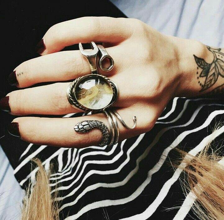 Le Happy. Rings.