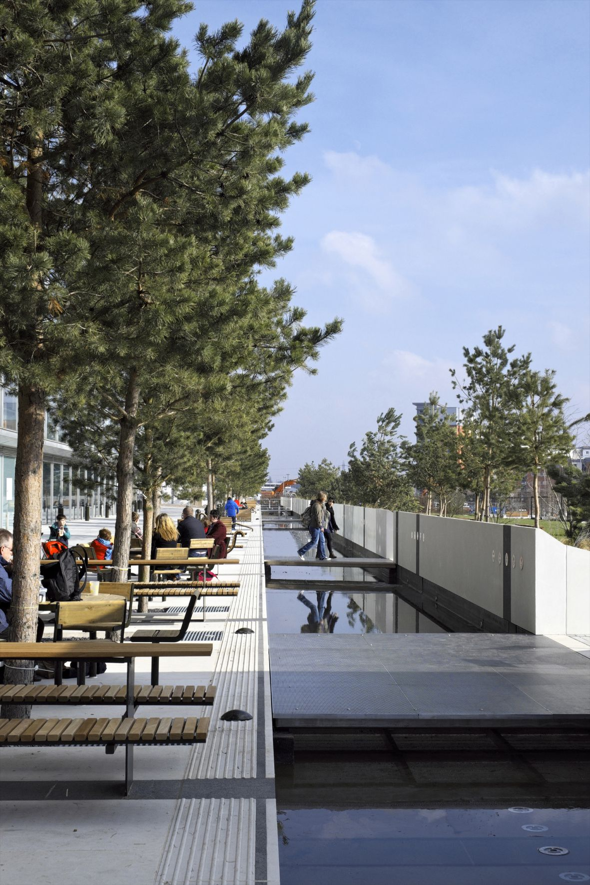 Eastside City Park The First Major New City Centre Park In Birmingham For More Than 130 Years Eastside Park Birmingham Parks Stadtplanung Stadt Natur