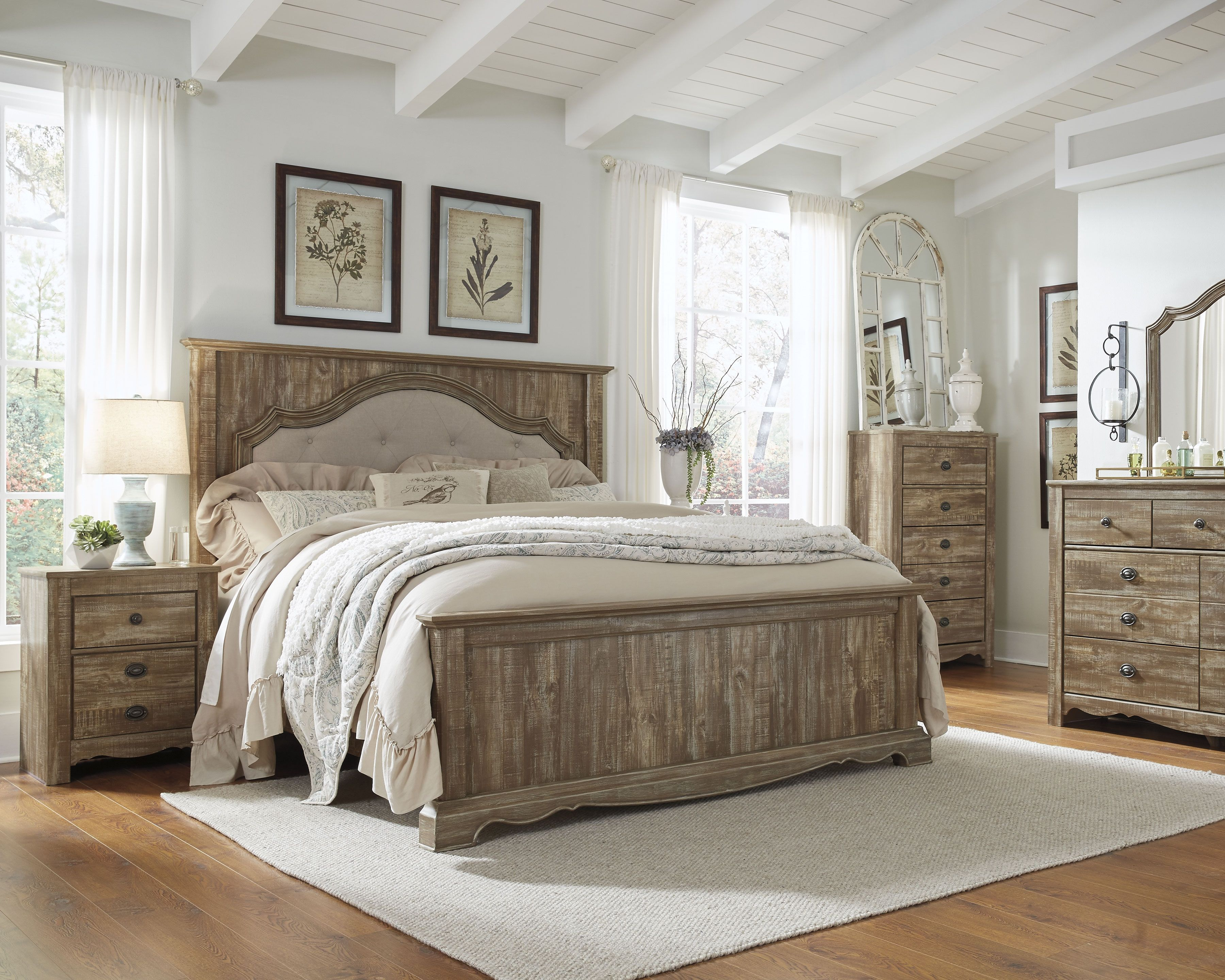 Master bedroom king bed Shellington King Bed with  Nightstands Caramel  Products
