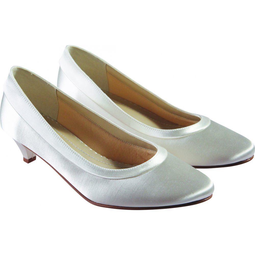 Low heel dress shoes for wedding  Low Heel Wedding Shoes Low Heel Wedding Shoes  Wedding Ideas