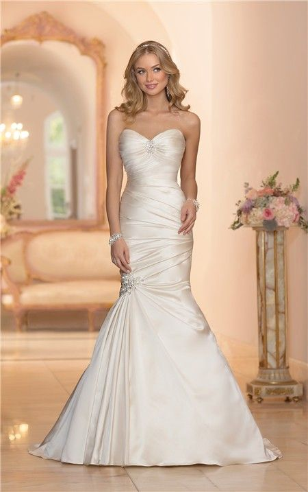 Mermaid Sweetheart Ivory Satin Ruched Wedding Dress Corset Back