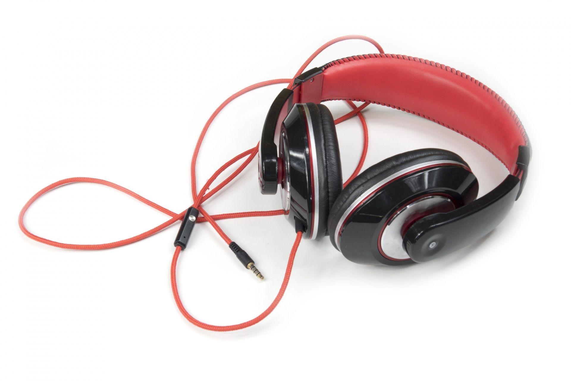 Headphone Manufacturers Suppliers Exporters In India Headphones Exportersindia Tv Accessories Headphones Music Headphones