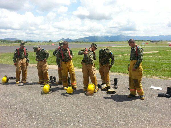 Servicio de Salvamento y Extinción de Incendios de Aviación Ejercito - América Militar
