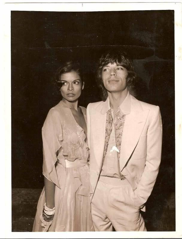 Bianca & Mick Jagger #mickjagger #rollingstones #forthosewholiketorock #classicrock