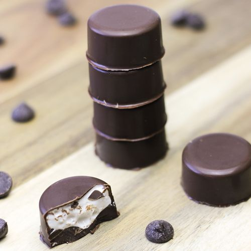 Chocolade bonbons met marshmallowvulling   FunCakes