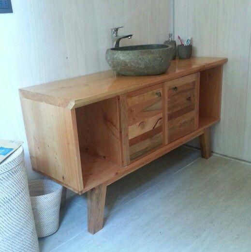 Mueble de baño para Constructora Altamarea de Pichilemu. Lavamanos Bali