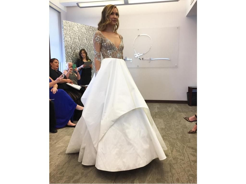 Hayley Paige Collins, $1,800 Size: 10 | Sample Wedding Dresses ...