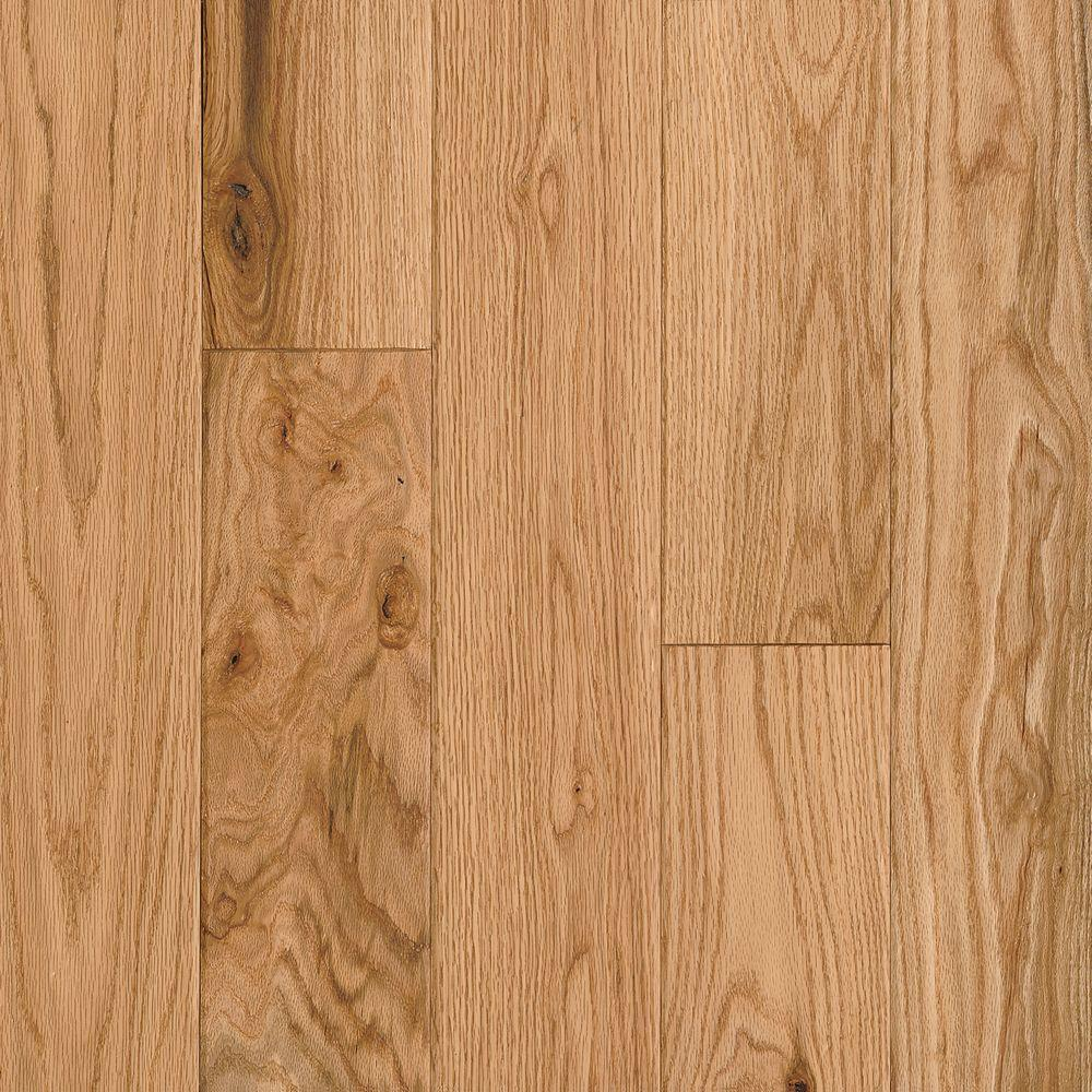 Bruce American Vintage Scraped Natural Red Oak 3 4 In T X 5 In W X Varying L Solid Hardwood Flooring 23 5 Sq Ft Case Samv5rn The Home Depot In 2020 Solid Hardwood
