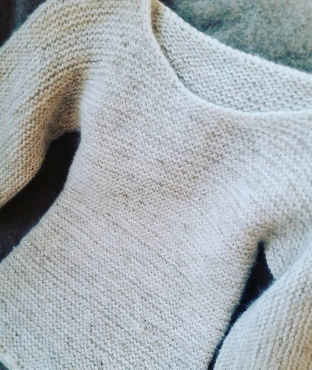 """4a8539ee ... 10 Comments - Nøstebarn (@nostebarn) on Instagram: """"Genseren alle kan  strikke! Oppskrift 1960 Rillestrikket genser i dobbel 2-tråds merino. Så  enkel,…"""""""