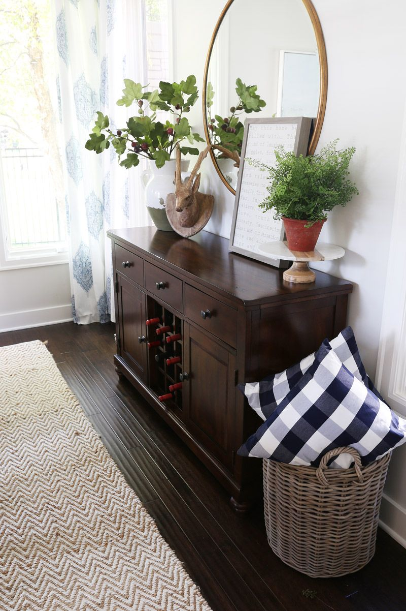 fall-dining-room-with-buffalo-check-and-fig-leaves-via-life-on-virginia-street