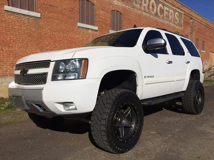 2008 Chevrolet Tahoe Z71 Lifted On 20x10 Atx Wheels And 35 S