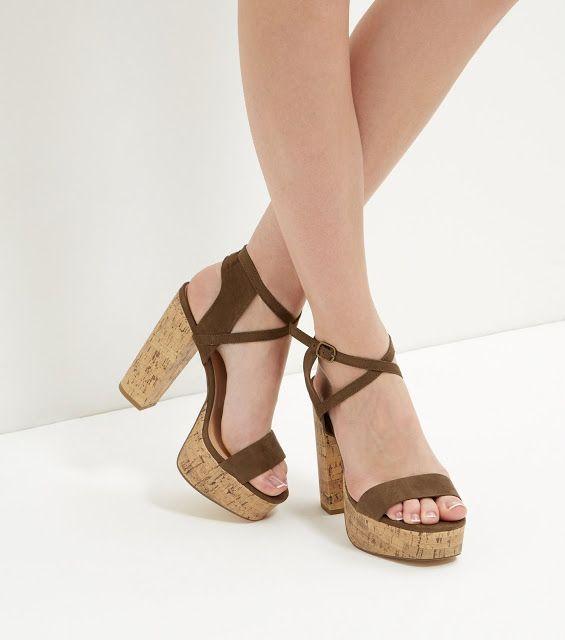 zapatos de plataforma con tiras