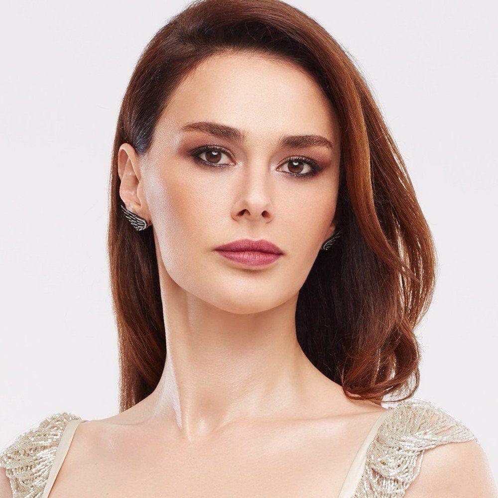 متن و ترجمه آهنگ Olay از Ayse Hatun Onal Turkish Beauty Beauty Feminine