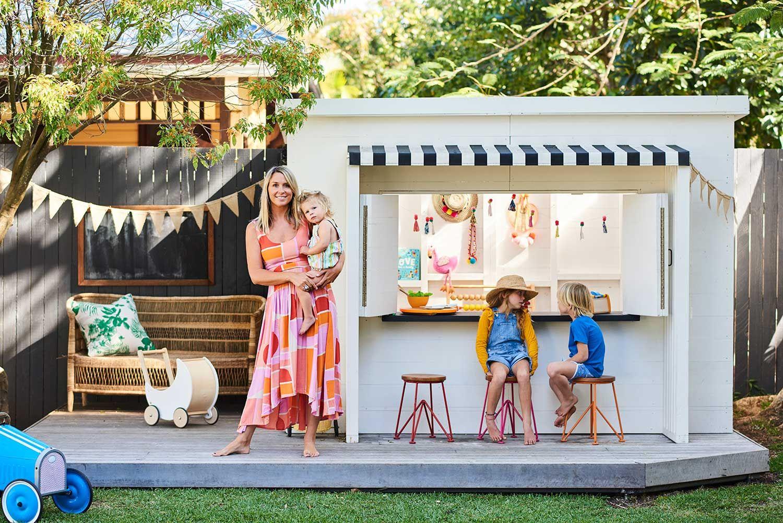 Mini Mister Zimi Beach Bungalow Cubby House | Cubby houses ...
