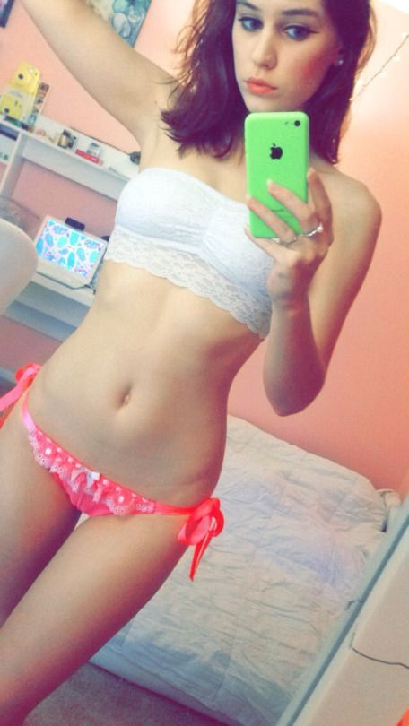 girl-young-naked-teen-amateur-selfies-torrent-xxx