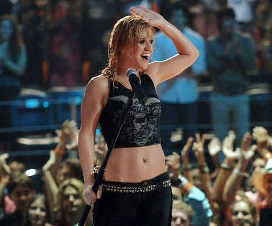 Blast From The Past 56 Unforgettable Mtv Vmas Moments Mtv Vmas Celebrity News