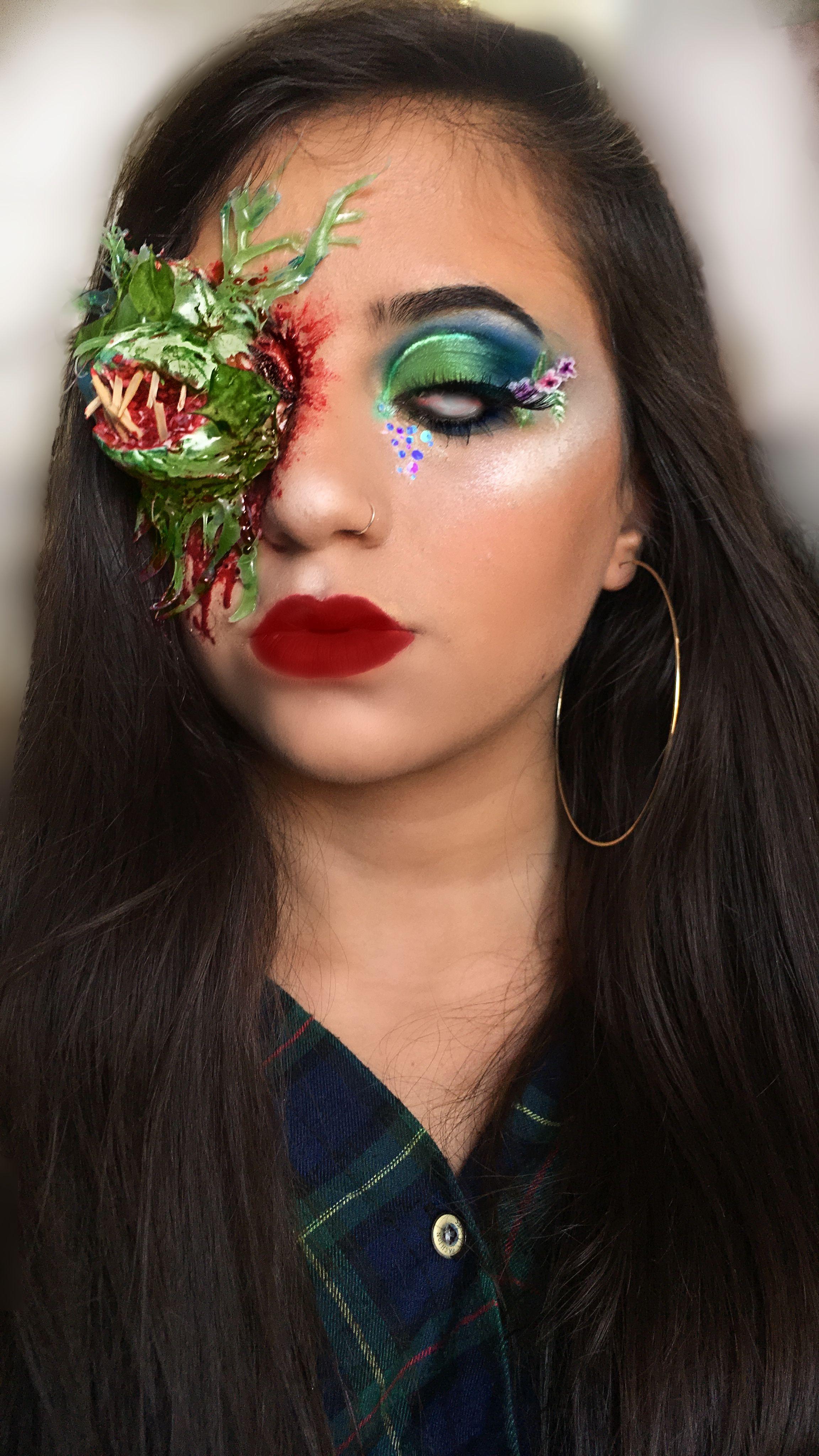 Eating Flower Wild Flower Makeup Look Poison Ivy Halloween Special Fx Sfx Makeup Creative Alin Shabta Flower Makeup Halloween Makeup Inspiration Fantasy Makeup
