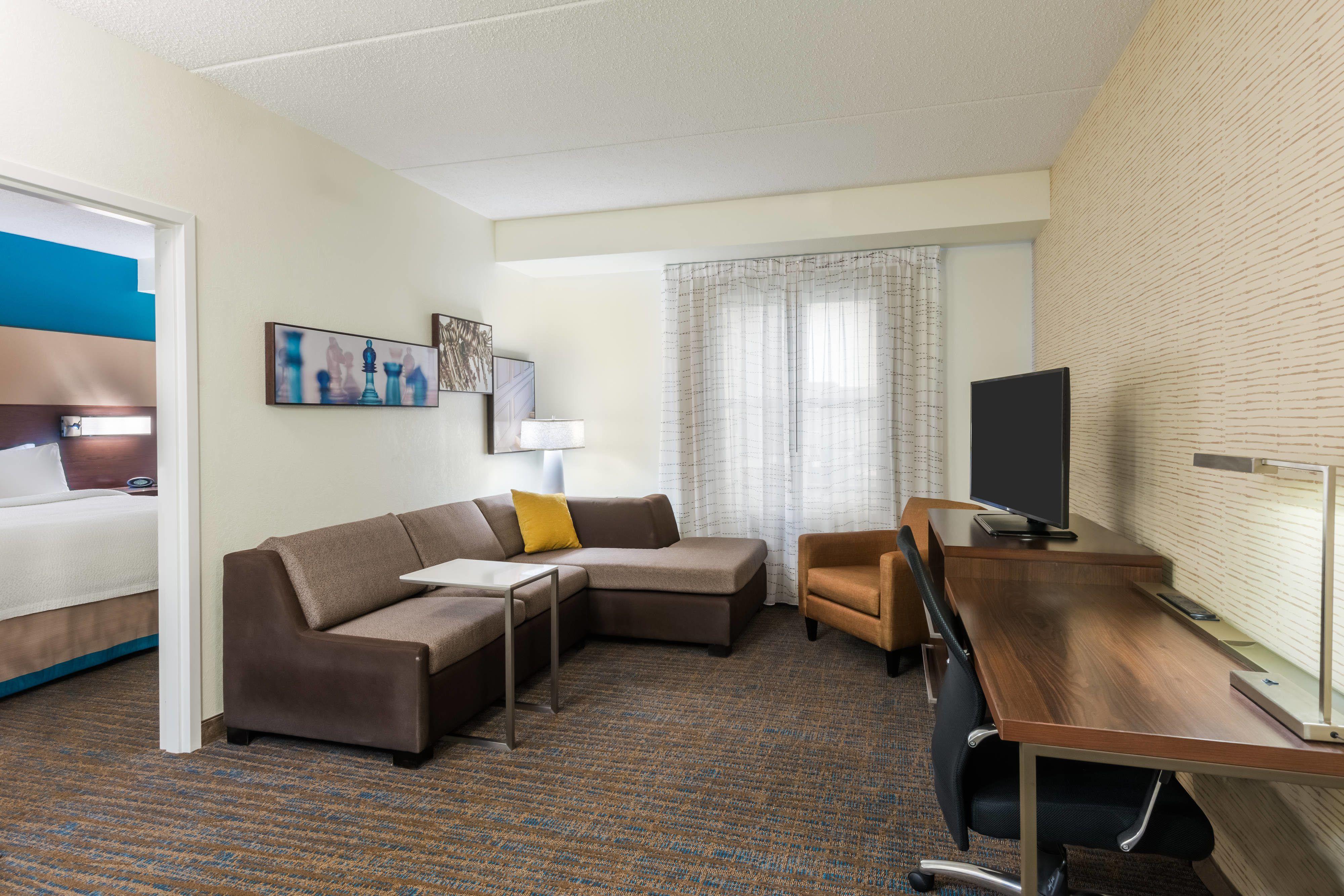 Hotels With 2 Bedroom Suites Near Me   Eqazadiv Home Design