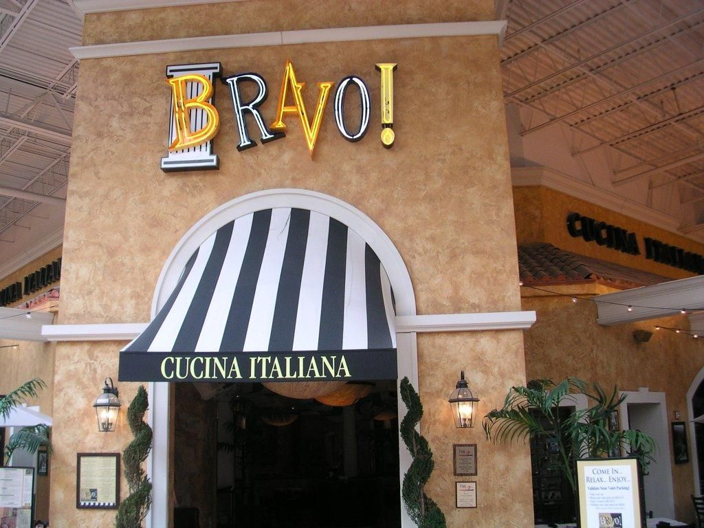 Bravo in the Palisades Mall  Sign & Awning by SSA   San