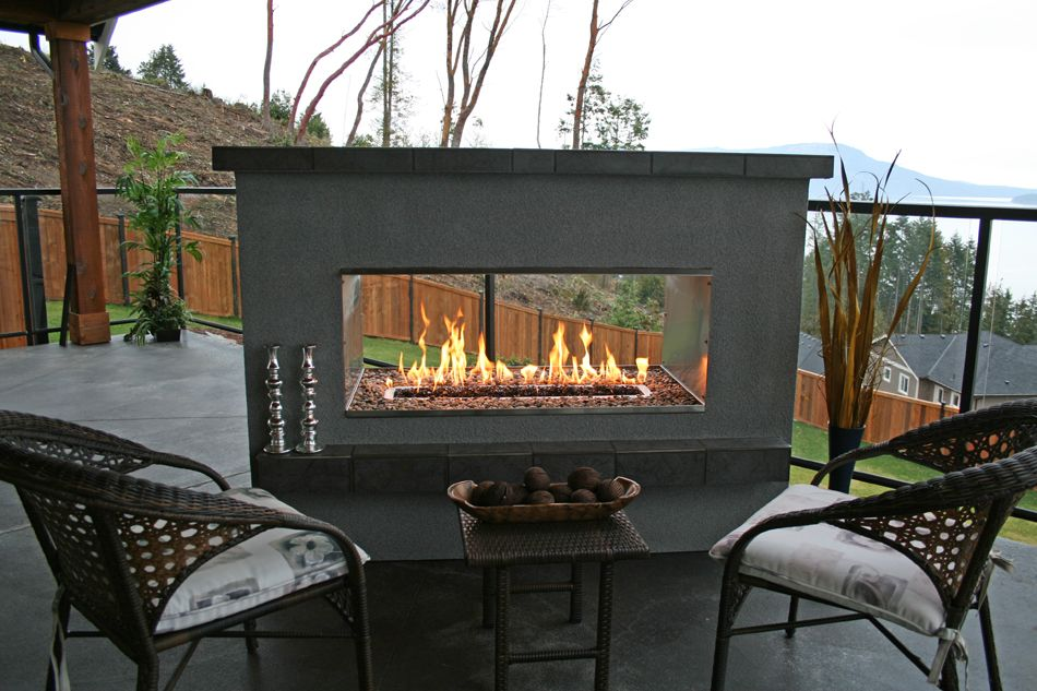 Another Picture Of An Incredible See Through Fireplace Modern Outdoor Fireplace Outdoor Gas Fireplace Outdoor Fireplace