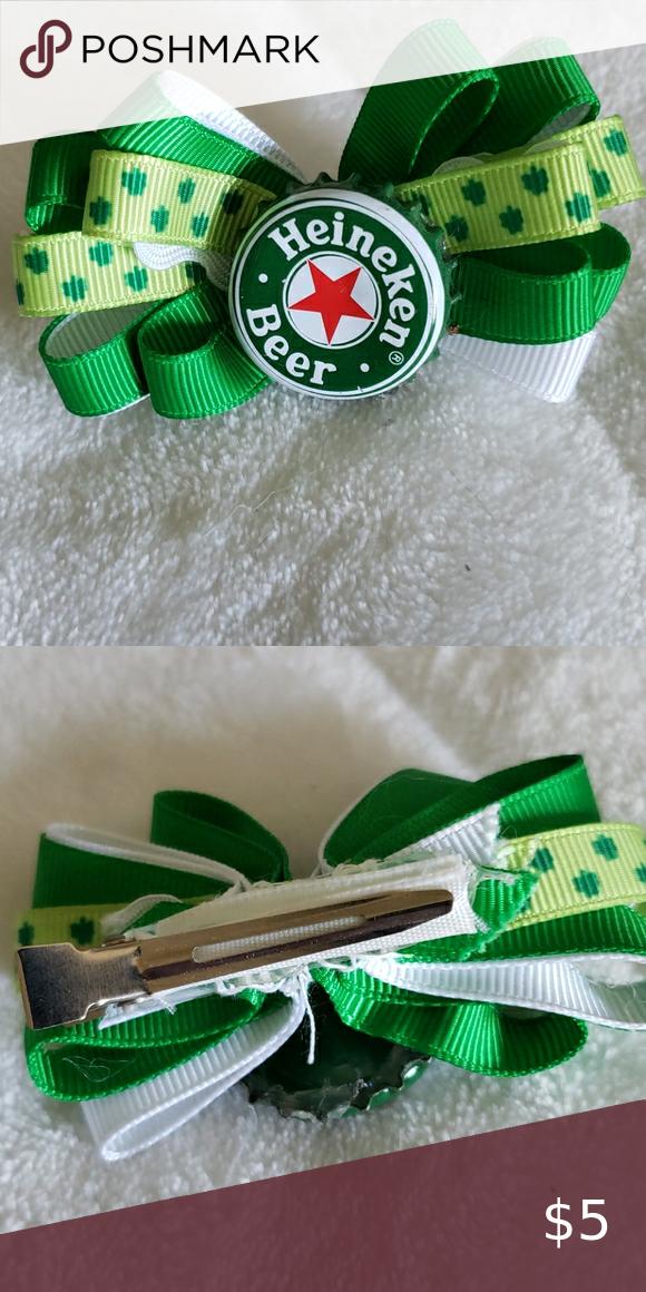 Homemade Green Bottle Cap Hair Clip In 2020 Cap Hair Hair Clips Bottle Cap
