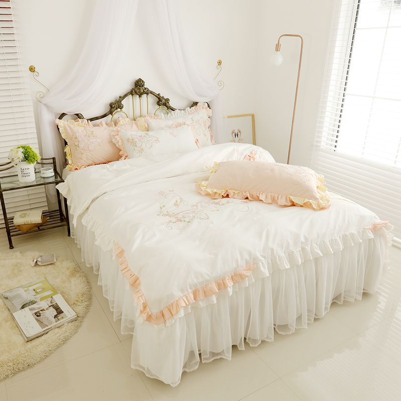 Butterflies Embroidery Bed Cover Wedding Duvet Cover Set With Ruffles Floral Embroidered Fashionable Bedding La Bed Linen Sets White Linen Bedding Lace Bedding
