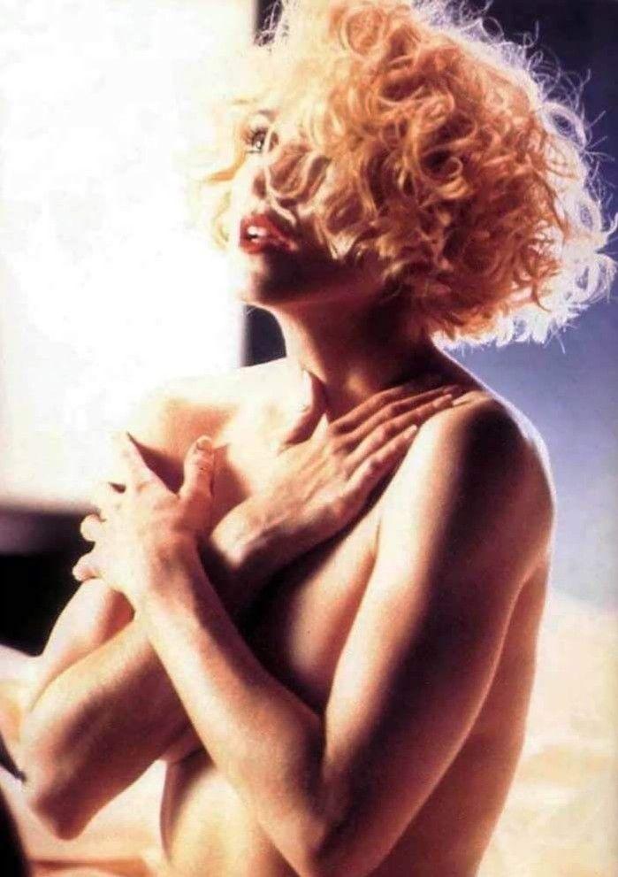 Italian women naked video