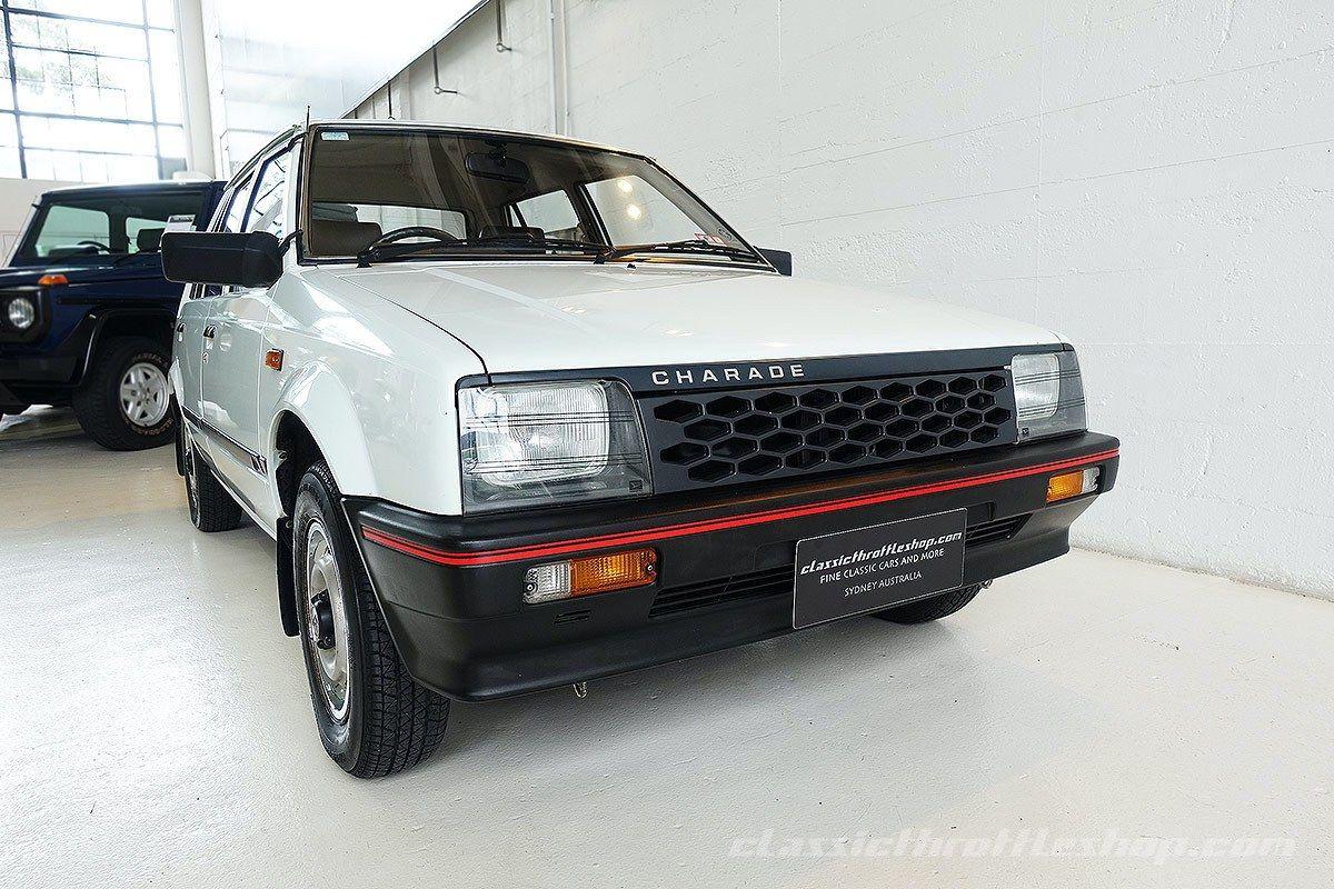 1985 Daihatsu Charade Cx White 1 Mobil