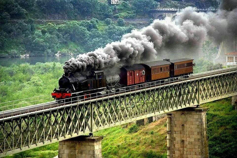 Linha do Douro, Portugal