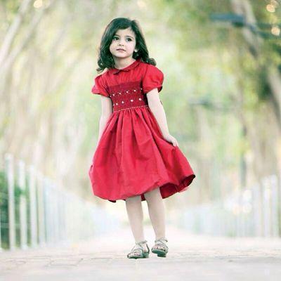تقرير لقناة العربية عن الطفلة السعودية رند الشهيلي التي لم تتجاوز السادسة حيث تحولت إلى نجمة الأطفال الأولى في Cute Baby Girl Images Baby Girl Images Cute Kids