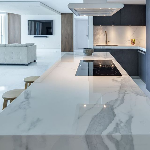 Stonecastle Apartments: Neolith, The Main Material In A Luxurious Apartment In Miami Beach. Proyect Contributors