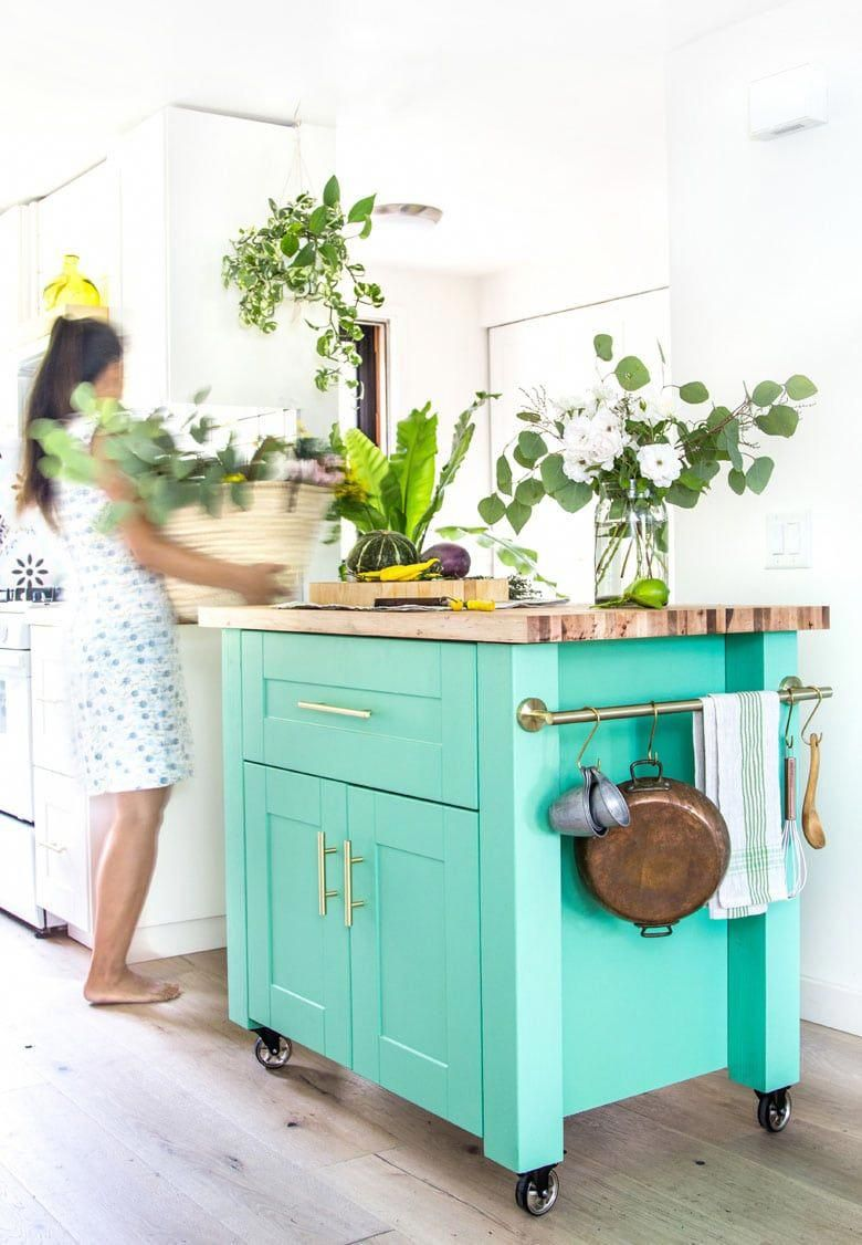 How To Prep Paint Kitchen Cabinets For Beginners Lots Of Pro Tips On Best Paint Tools Sanding Prim In 2020 Diy Kitchen Island Diy Kitchen Clean Kitchen Cabinets