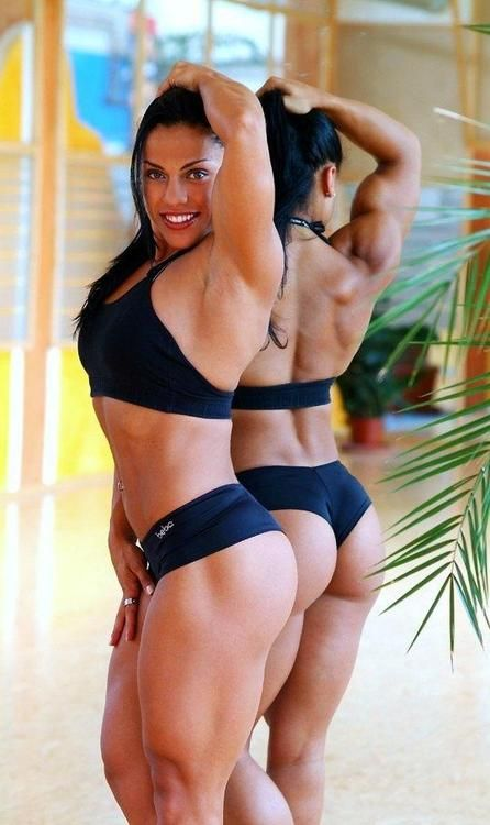 Curvy and fit can go together. Admiration for strong women
