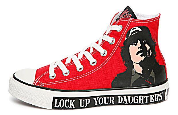 AcDc Chucks. Kule converse, sko, joggesko  Cool converse, Shoes, Sneakers